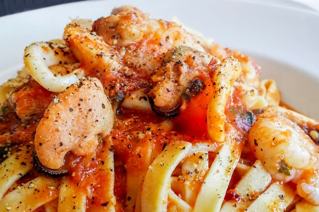 photo of shrimp pasta