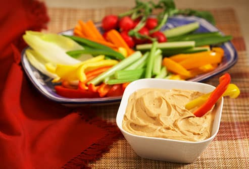 Veggies and veggie dip