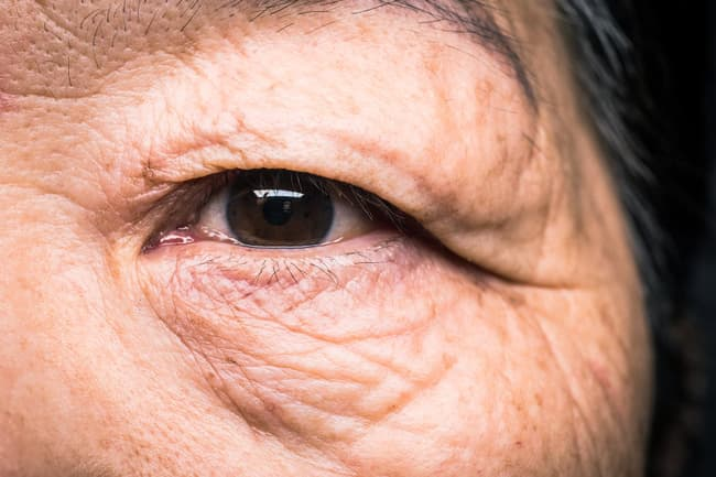 photo of mature womans eye