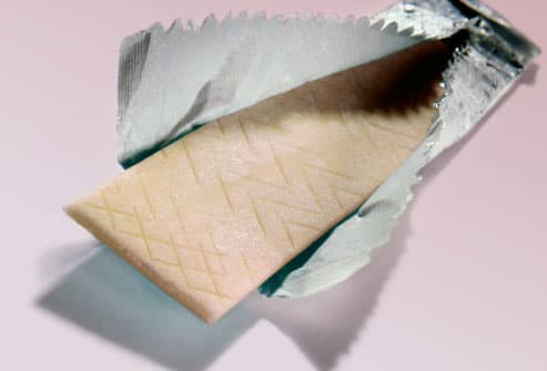 Chewing gum in foil