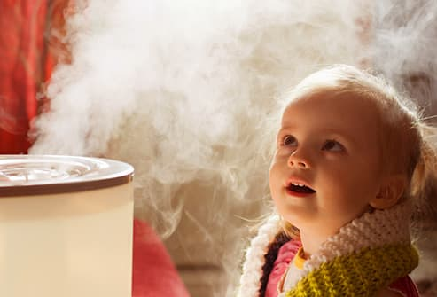 girl with humidifer