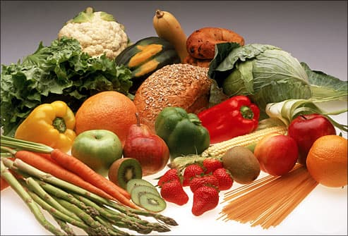 Assorted foods high in antioxidants