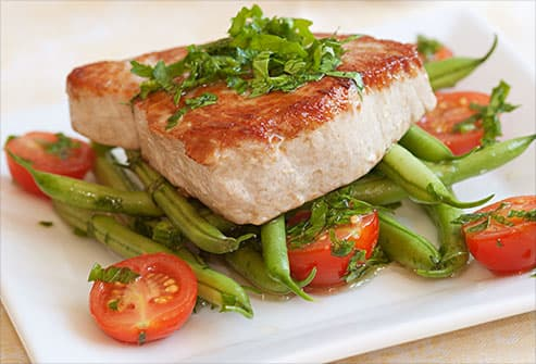 tuna on green beans