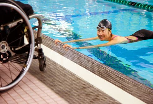 paraplegic swimming in pool