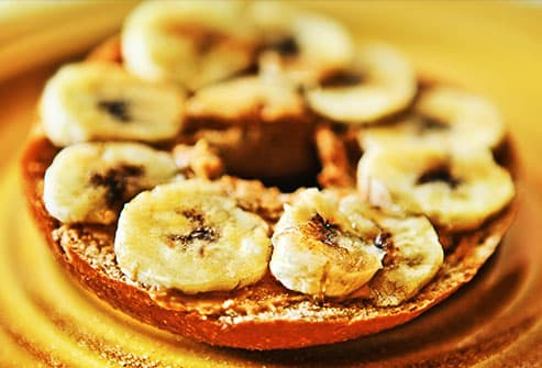 toasted bagel with peanut butter and banana