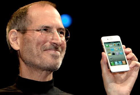 Apple CEO Steve Jobs with iPhone4
