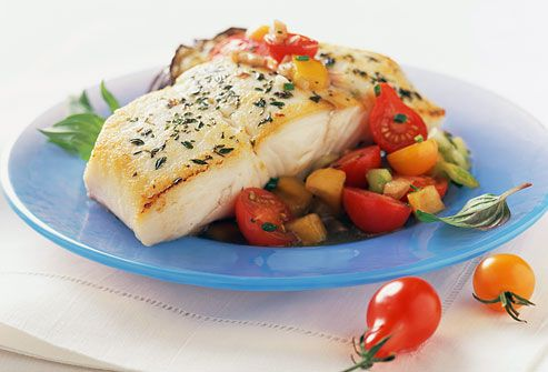 Simple secrets to portion control and healthy eating in pictures fish dinner with vegetables forumfinder Images