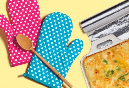 oven mitts and casserole