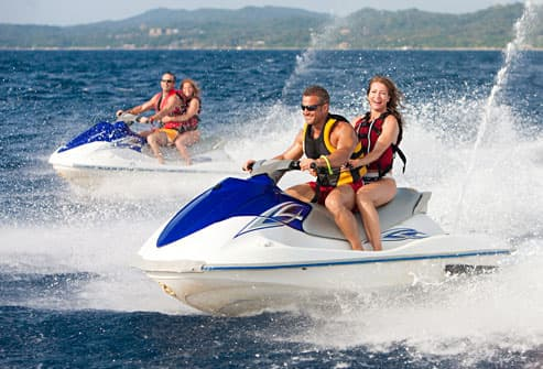 Couples on jet skis