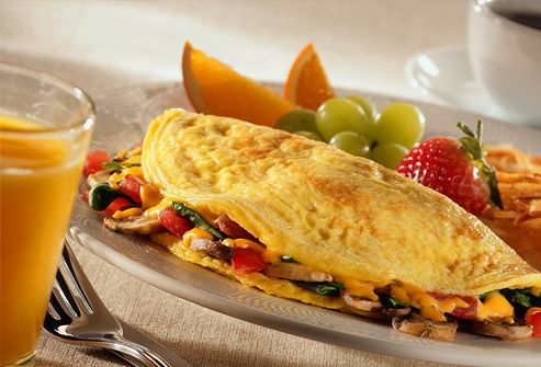 Mushroom, Tomato and Cheese Omelet with Fruit