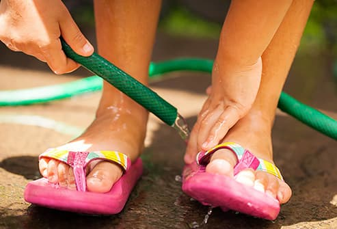 Young teen feet and face urbanization any