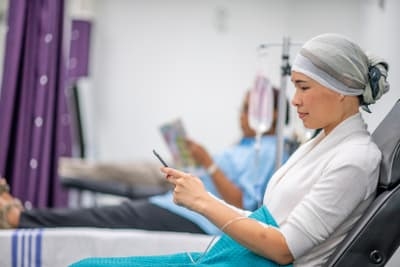 photo of woman in chemotherapy