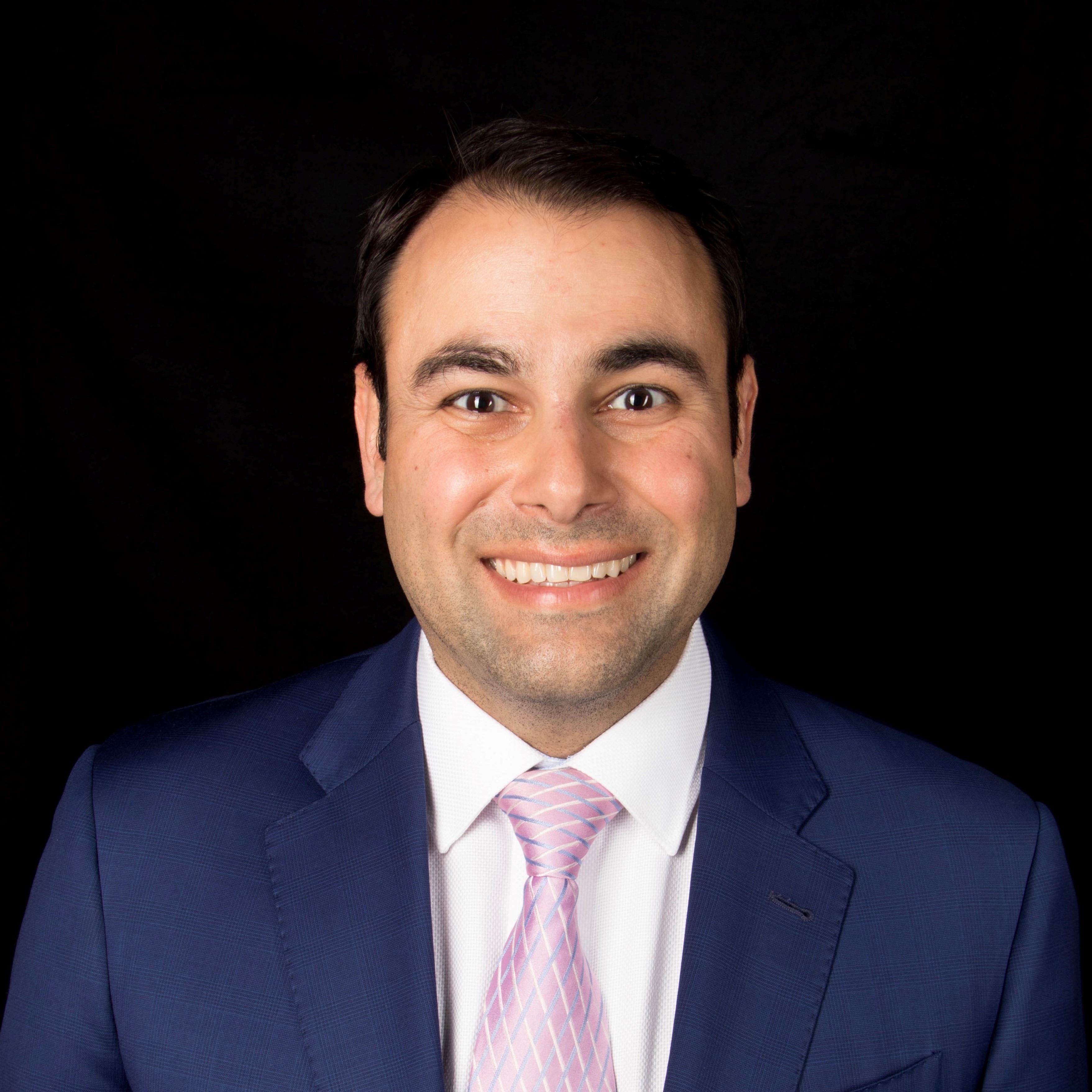 Dr. Farhad Ardesh MD