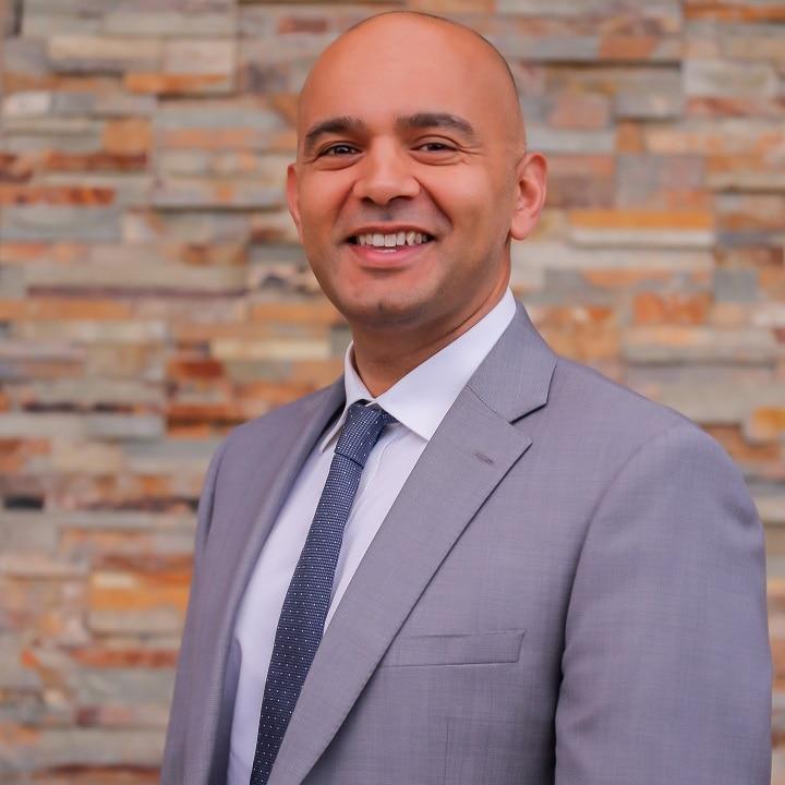 Dr. Adnan Saithna MD