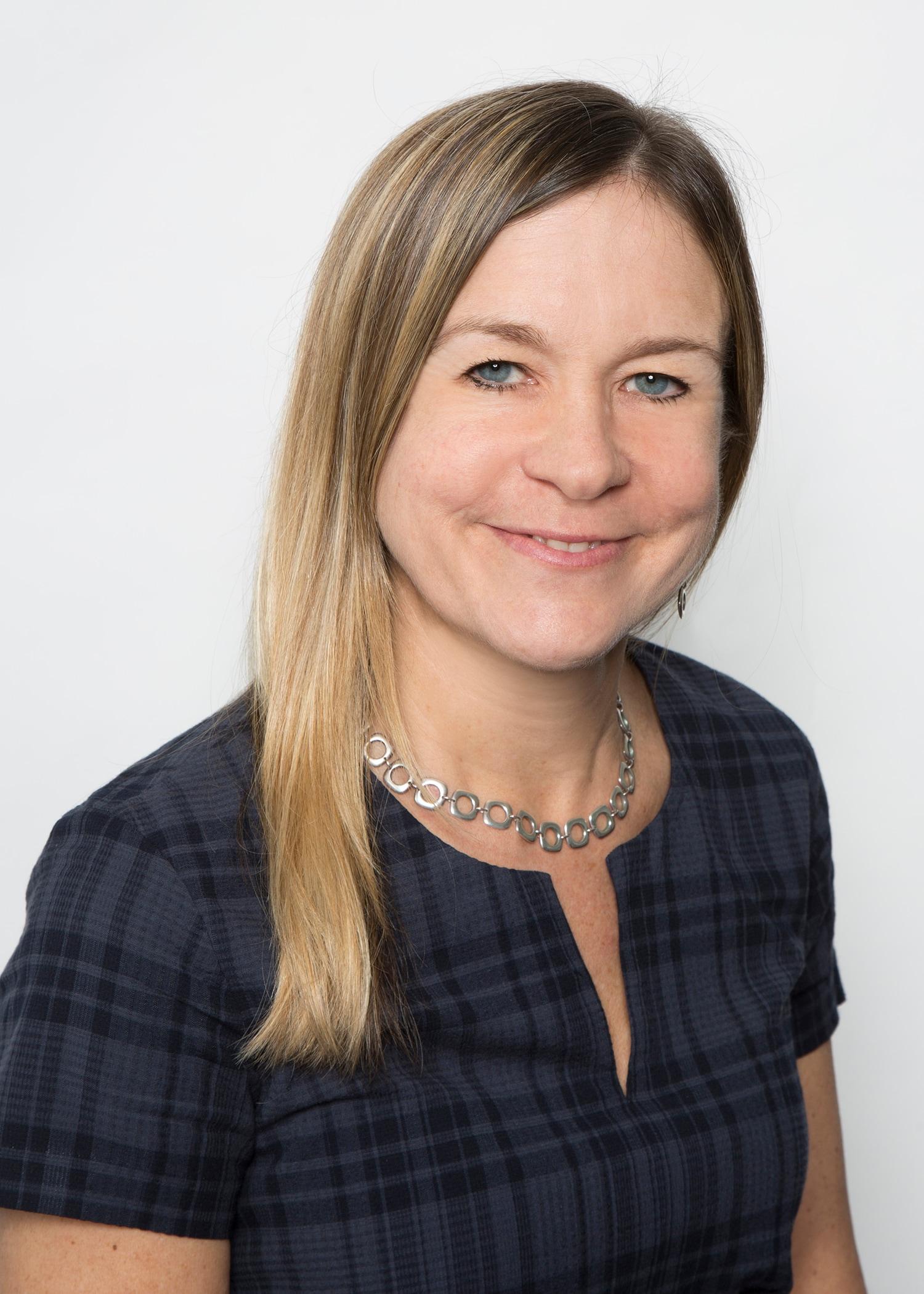 Dr. Cynthia M Murdock MD